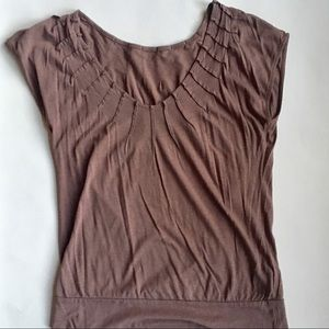 Anthropologie Crimped V-Neck Tee Size M
